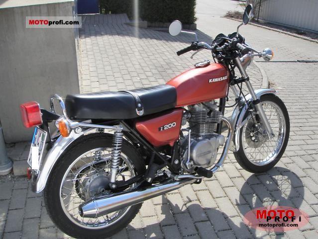 Kawasaki Z 200 1977 photo