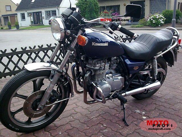 moto kawasaki 440