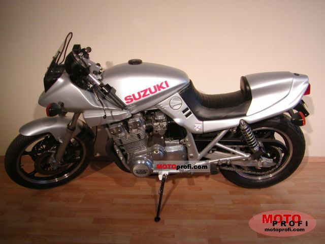 Suzuki GSX 1100 S Katana 1982 photo