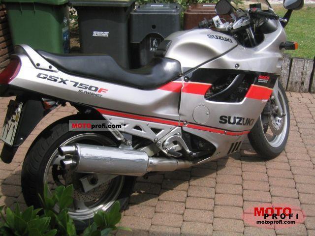 Suzuki GSX 7... Ducati 748 Specs