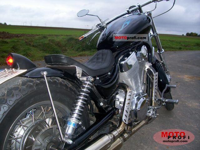 Suzuki VS 1400 Intruder 1988 Specs and Photos