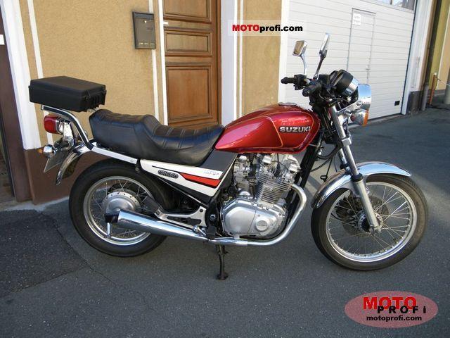 Suzuki GR 650 1988 photo