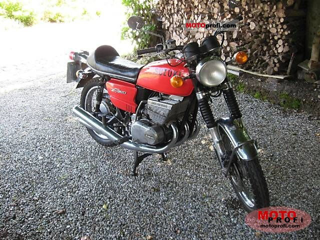 Suzuki GT 380 1973 photo