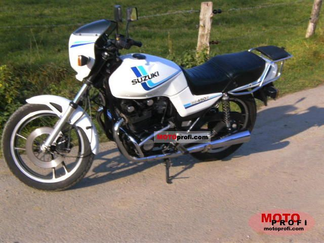 Suzuki GS 450 S 1988 photo