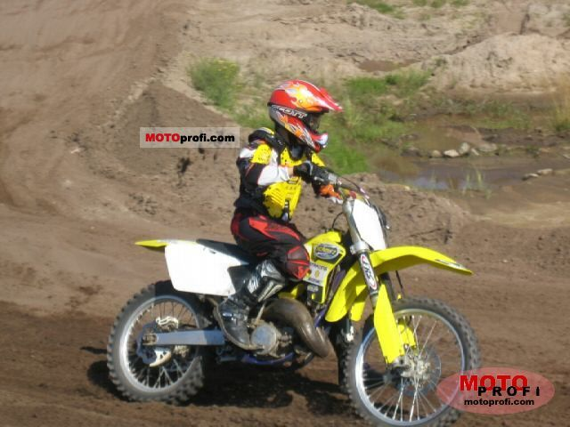 rm 125 Specs 2005 Suzuki rm 125 2005 Photo 4