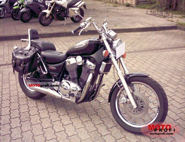 Suzuki VS 1400 GLP Intruder 2000 Specs and Photos