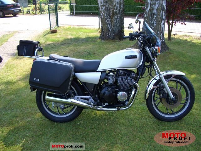 Yamaha xj 550 1984 specs and photos for Yamaha clp 550 specifications
