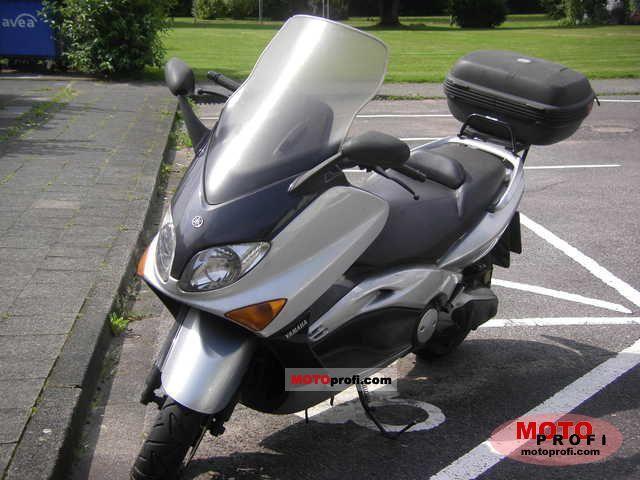 Yamaha TMax 500 2002 photo
