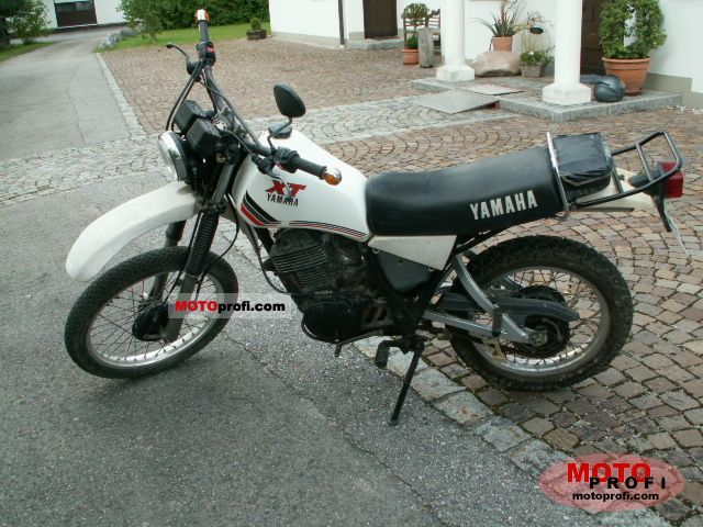 Yamaha xt 550 1982 specs and photos for Yamaha clp 550 specifications