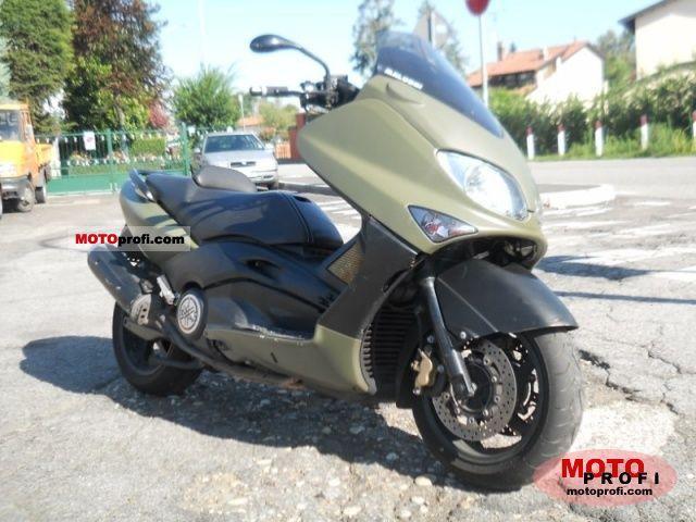 Yamaha Tmax 500 2004 photo