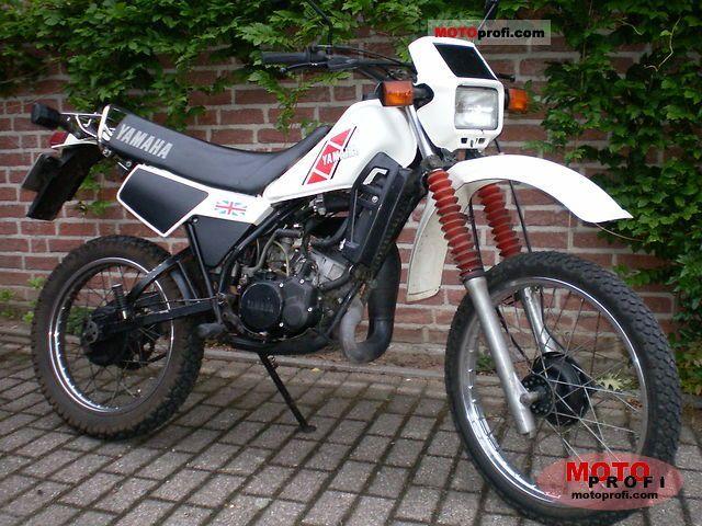 Yamaha DT 125 LC 1982 photo