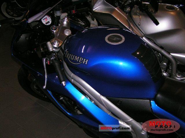 Triumph Daytona 955i 2004 Specs And Photos