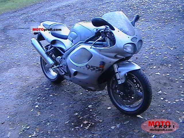 Triumph Daytona 955 2000 photo