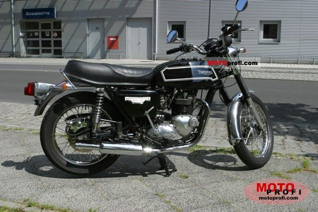 Triumph T 140 E Bonneville 1980 photo