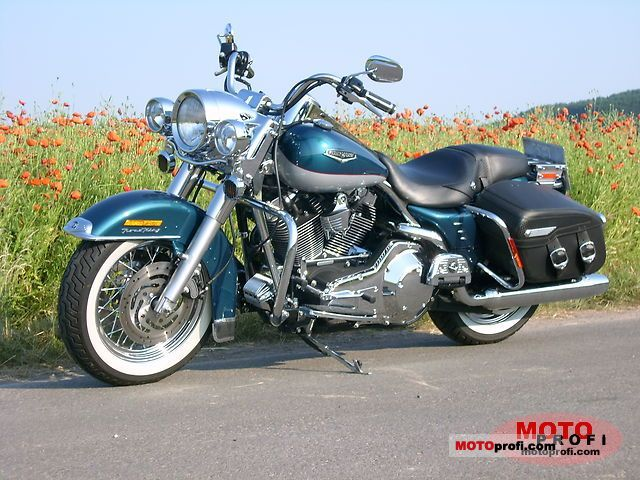 Harley-Davidson FLHRCI Road King Classic 2005 photo