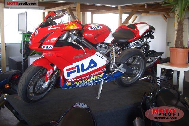 Ducati 749 S 2005 photo