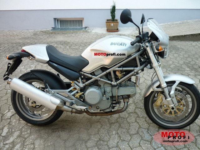 Ducati Monster 750 i.e. 2002 photo