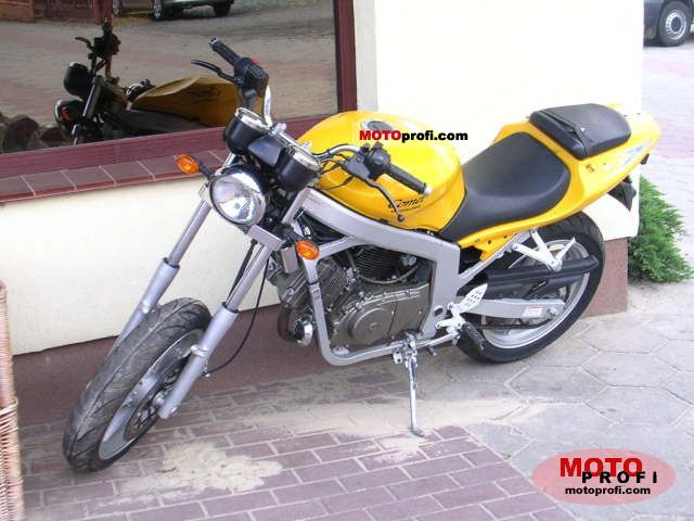 Hyosung GT 125 Comet 2003 photo