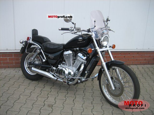 Suzuki VS 800 Intruder 1993 photo