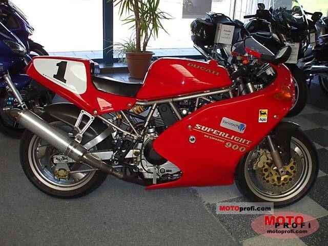 Ducati 900 Superlight 1994 photo