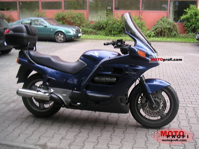 Honda ST 1100 Pan European 1994 photo
