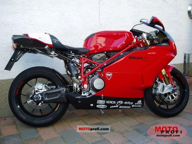 Ducati 749 R 2006 photo