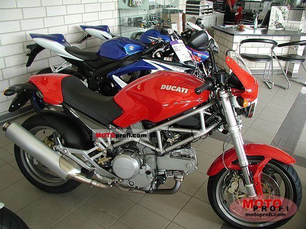 Ducati Monster 620 2006 photo