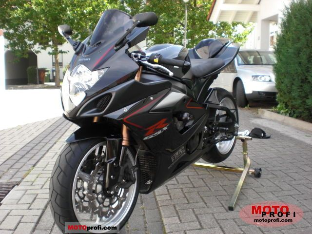 gsxr 1000 specs autos post. Black Bedroom Furniture Sets. Home Design Ideas