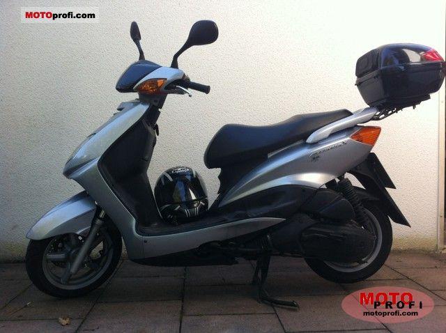 Yamaha CygnusX 2006 photo