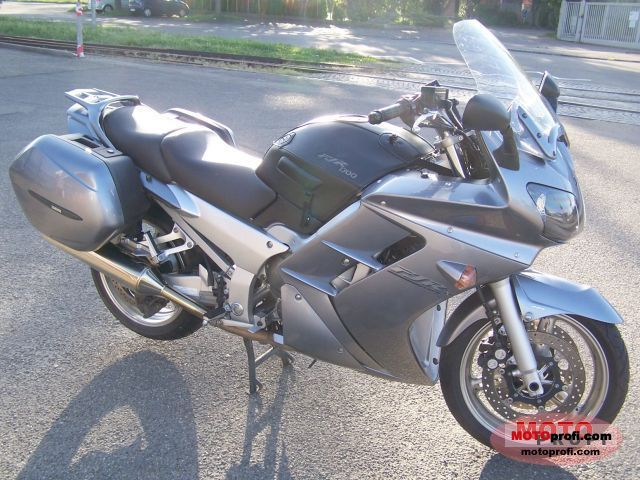 Yamaha FJR 1300 2006 photo