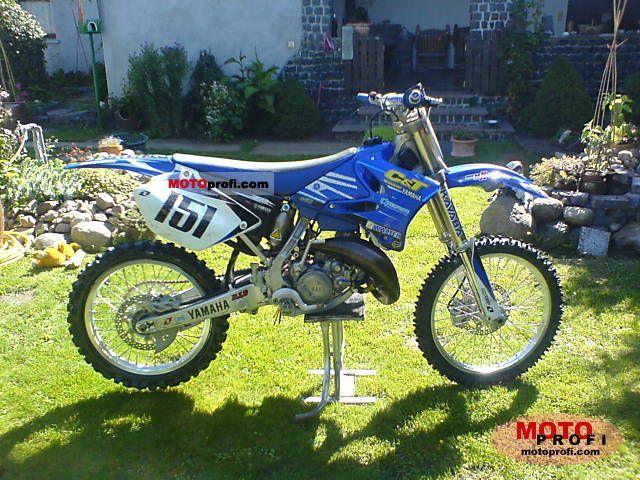 Yamaha YZ 125 2006 photo