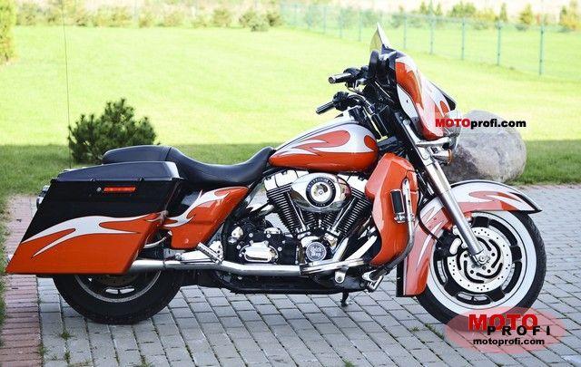 Harley-Davidson FLHX  Street Glide 2007 photo