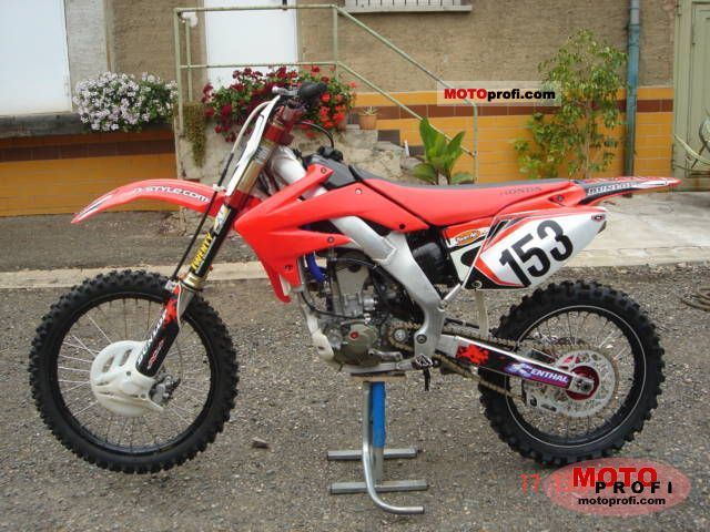Honda CRF 250 R 2007 photo
