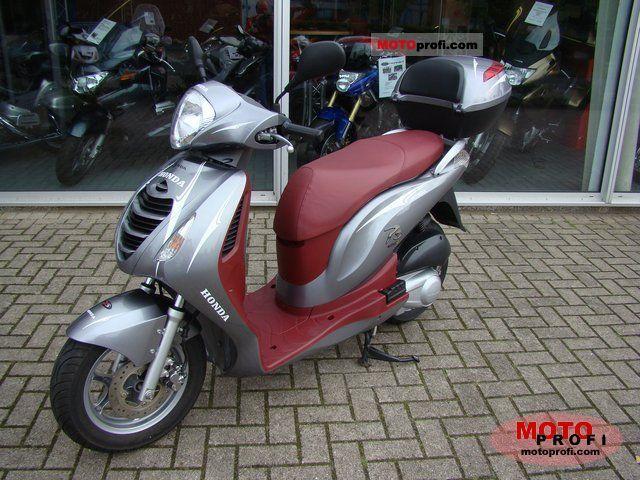 Honda PS125i 2007 photo