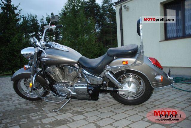 Honda VTX 1300 R 2007 photo