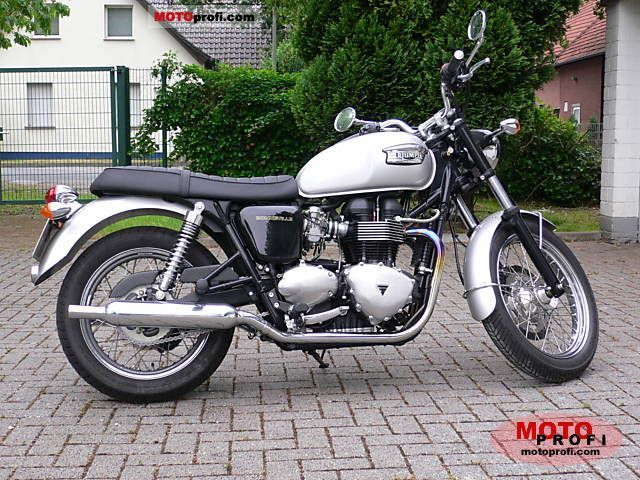 Triumph Bonneville 2007 photo