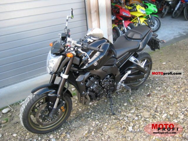 Yamaha FZ1 2007 photo