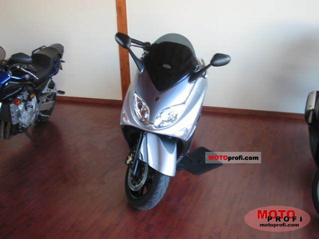 Yamaha TMAX 500 2007 photo