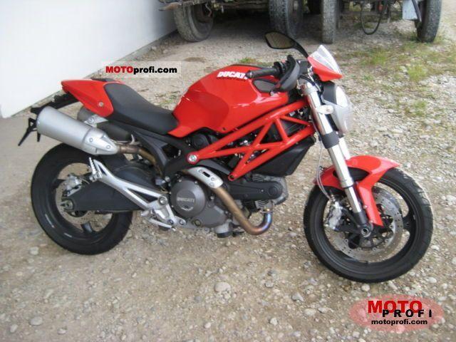 Ducati Monster 696 2008 photo