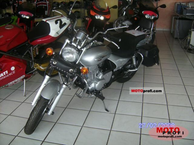 Kawasaki Eliminator 125 2008 photo