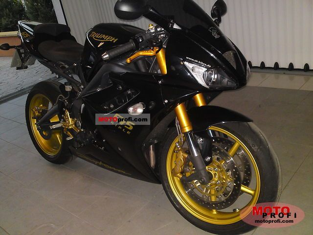 Triumph Daytona 675 SE 2008 photo