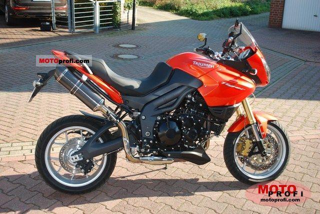 Triumph Tiger 2008 photo