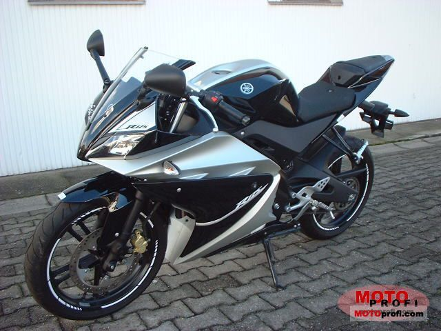 Yamaha YZF-R125 2008 photo