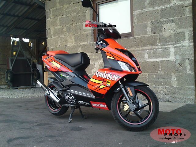 Aprilia SR 50 R Factory 2009 photo