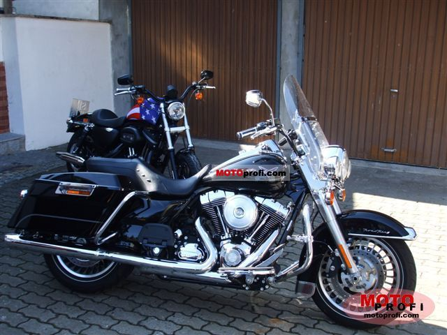 Harley-Davidson FLHR Road King 2009 photo