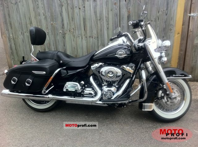 Harley-Davidson FLHRC Road King Classic 2009 Specs And Photos
