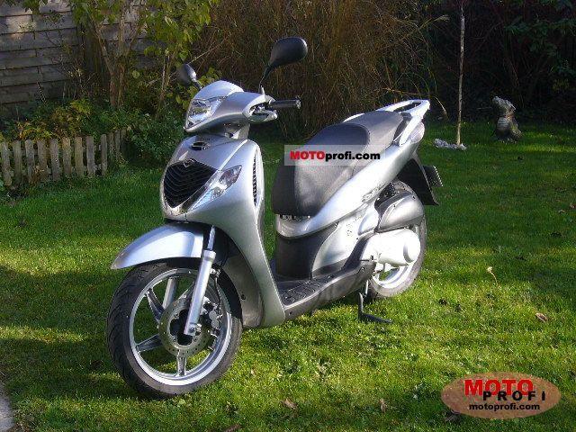 Honda SH125i 2009 photo
