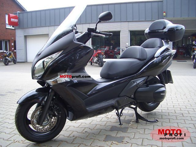 Honda Silver Wing 2009 photo