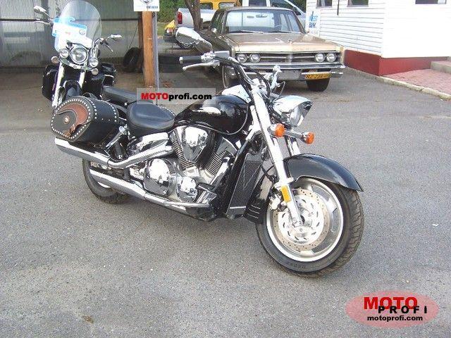 Honda VTX1300R 2009 photo