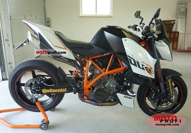 KTM 990 Super Duke R 2009 photo